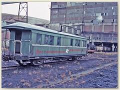 40 Einer der wenigen alten Personenwagen der Kohlenfirma