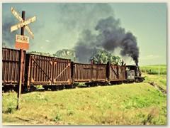 08 Ein Bahnübergang mit internationalem Signal