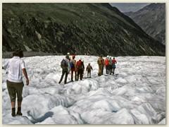 28 Der Drittlängste Gletscher der Ostalpen. Richtung Station Morteratsch