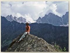 31 La Panoramica» - auf dem Höhenweg des Bergell erwandert man Aussichtspunkt um Aussichtspunkt, so dass man aus dem Staunen nicht mehr heraus kommt.