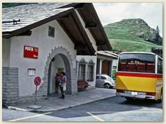 50 Vom Strassendorf Bivio fährt uns das Postauto über den Julierpass nach Maloja zurück
