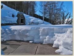08 Mitte März, es hat noch Schnee