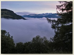 30 Am dritten Juli ein Nebelmeer über Ilanz und der Surselva