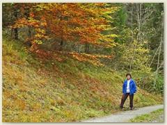 48 Spaziergang mit Lydia nach Plauns, oberhalb Val Renastga