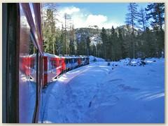 03r Nach Pontresina fährt die RhB ins Val Bernina