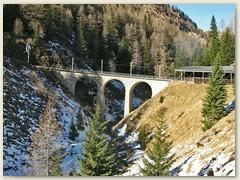 23r Viadukt über den Acqua da Pila mit anschliessender Galerie