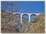 13_Bahnbrücke aus Stein, nahe der Station Hohtenn