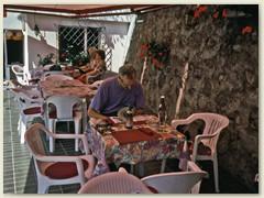 01_Mit dem ÖV nach Scuol-Sot, Mittagessen in einer Dorfbeiz