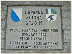41_Die Hüttenanschrift der Capanna di Sciora SAC der Sektion Hoher Rohn