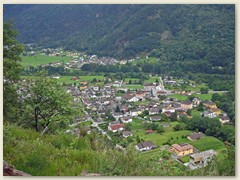 02_Maggia, steil bergauf gehts gleich hinter dem Dorf