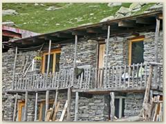 12_Jedes Lager hat seinen Balkon