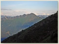 18_Prächtige Aussicht, unten das Valle Maggia