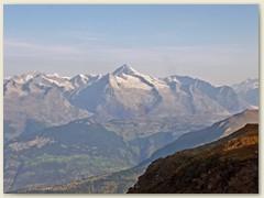 28_In der Bildmitte grüsst das dominante Aletschhorn. Am 13. August 1989 stand ich auf dem Gipfel dieses Berges