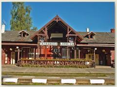 01_Die Station Tatranska Lomnica ist ein Knotenpunktbahnhof in der Hohen Tatra