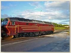 20_Eine Dieselelektrische Lok der Nordlandbahn