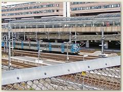 47_Ein Regionalzug verlässt den Bahnhof Stockholm