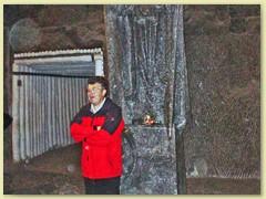 38_Die Bergleute aus Wieliczka hinterliessen eine Unmenge in Salz gehauene Skulpturen und Reliefe. Xaver mit Papst…