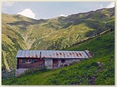 32_Untere Alphütte auf Alp Gretg
