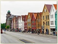 15_Holzhäuser in Bryggen, das Hanseviertel in Bergen