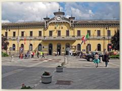 36_Bahnhof Domodossola, die kleinen Provinzstadt die von den Einheimischen Domo genannt wird