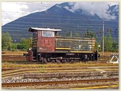 42_Eine alte Rangierlok auf dem Stumpengleis wartet auf den nächsten Einsatz