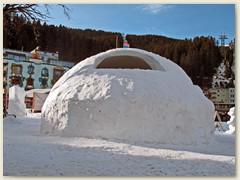 30_Schneedom beim Dorfplatz