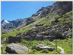 16_Bald erreicht - die Läntahütte 2090 m des SAC Sektion Bodan