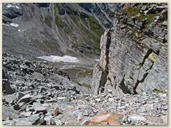 34_Westwärts, gähnende Tiefe - Vorsichtig tasten wir uns von Stein zu Stein hinunter