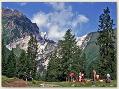 02_Kurze Pause bei der Alpe Cadonighino