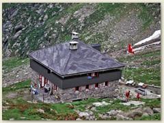 08_Die Capanna Campo Tencia CAS auf 2140 m.  Die Hütte gehört der Sekton Ticino des SAC