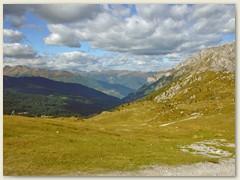 07_Richtung Norden -  Im Tal hinten die Ortschaft Dimaro