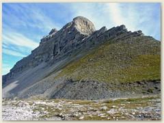 13_Der Pietra Grande 2936 m hat ausgeprägte Grate und ist der beherrschende Gipfel in diesem Gebiet