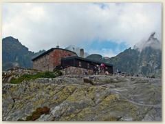 18_Die Teryho chata (Deutsch Tery-Hütte) ist eine Berghütte in der