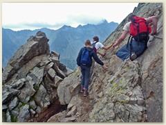 26_Der Sattel = Tatrapass Priecne sedlo ist 2352 Meter hoch