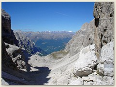 16_Auf der Bocca di Brenta sieht man im Hintergrund das Berninamassiv
