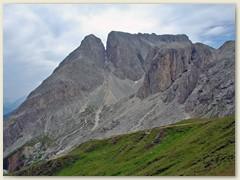 71_Weg zum Passso Alpe Tires