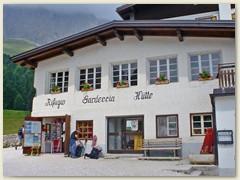 114_Die historische Schutzhütte im Herzen der Dolomiten