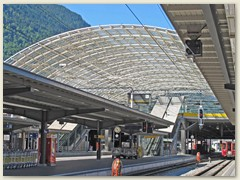 07r Bhf Chur mit Postautostation im oberen Stockwerk