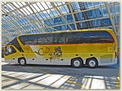 10r Der neuste fünf-Stern-Reisecar von PostAuto Schweiz AG