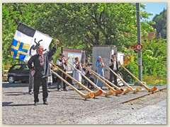 25r Empfang der Züge mit Alphornklängen