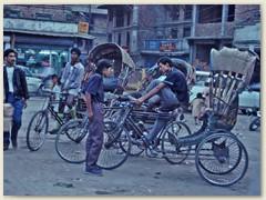 49 Jede Menge Transportvehikel