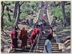 52 Treppenaufgang zu einem Tempel