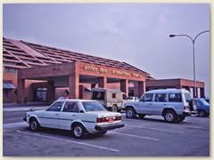 68 Flughafengebäude Kathmandu 1991 - einziger internationale Flughafen des Landes