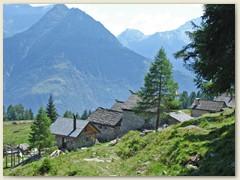 17 Alte Häuser bei Monte Püscett 1509 m