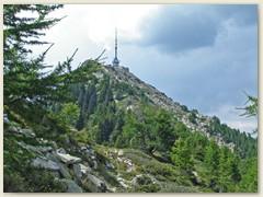 18 Monte Matro 2172 m mit dem weit sichtbaren Sendeturm