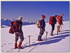 10 Erster Blick in die Walliser Alpen