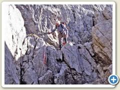 41 Onkel Paul im Abstieg unterhalb der Hütte