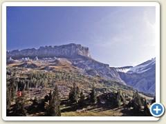 44 Auf dem Col du Pillon angekommen, Blick hinauf zur Tête aux Chamois
