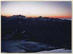 21 Kurz vor Sonnenaufgang,  wir sind schon eine Stunde unterwegs