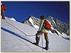29 Meter um Meter höher,  ca 3500 m. Wir sind die einzige Seilschaft auf dieser Route